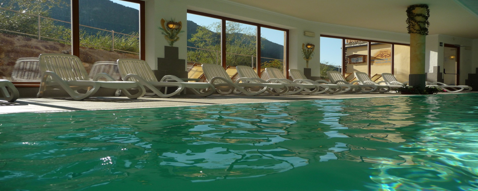 The biggest indoor pool in Sexten Sesto you find at the Biovita Hotel Alpi