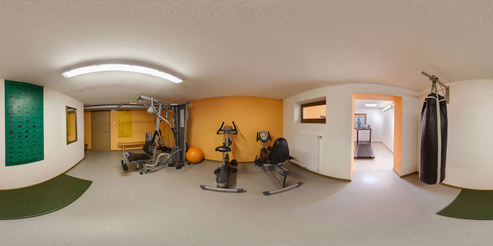 Fitness room and gym at the Biovita Hotel Alpi in the Dolomites