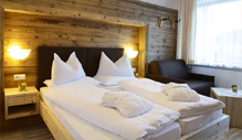 Double rooms standard B at the Biohotel Alpi in Sexten / Sesto